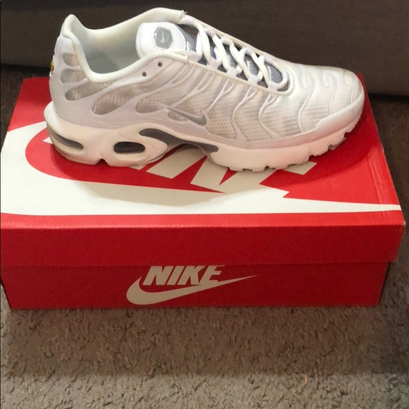 Nike Shoes | White And Grey Air Max